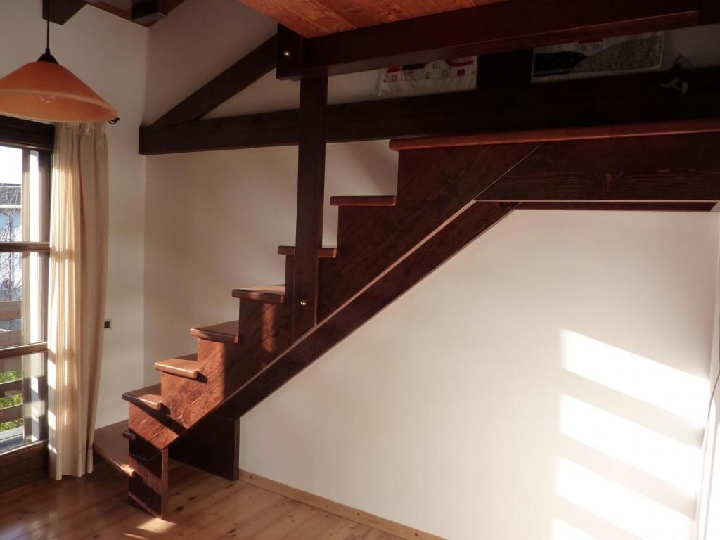 Scale su misura - Soppalco in legno autoportante ...